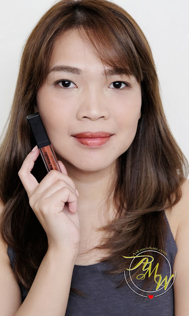 a photo of Nikki Tiu Sleek MakeUP Metallic Matte Lip Cream in Copperplate Review