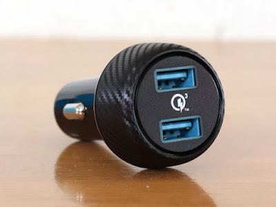 【Quick Charge 3.0】Anker PowerDrive Speed 2 (Power IQ対応 39W 2ポート カーチャージャー) シーガーソケットUSB充電器