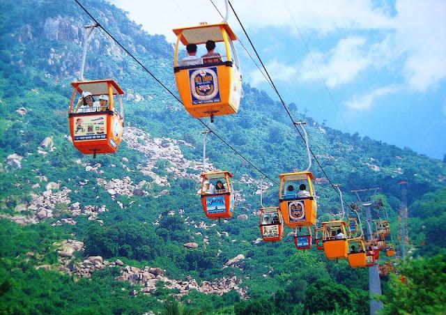 Spring Festival on Ba Den Mountain 2
