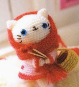 http://translate.google.es/translate?hl=es&sl=en&tl=es&u=http%3A%2F%2Fwww.instructables.com%2Fid%2FCrochet-White-Kitten-Doll-Mao-Mao%2F