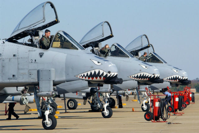 A 10 Thunderbolt II Warthog Not Retiring Yet