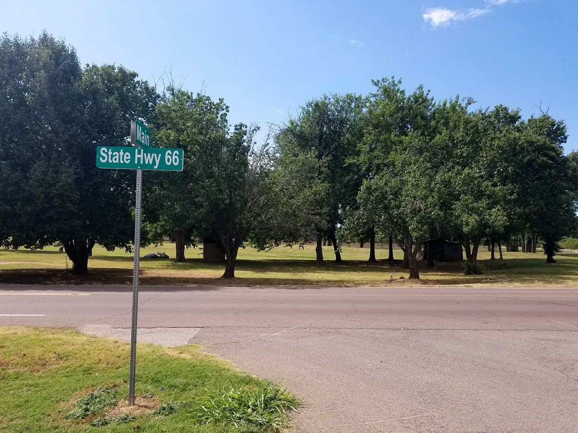 arcadia round barn route 66