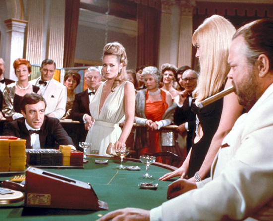 Casino Royale 1967 movieloversreviews.filminspector.com Orson Welles Peter Sellers Ursula Andress