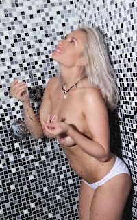 Hot Naked Girl - Isabella%2BD-S02-016.jpg