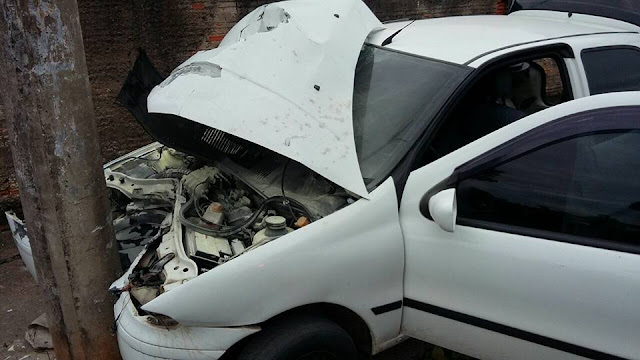 Criminoso bate carro em poste ao tentar fugir da ROMU da GCM de Limeira