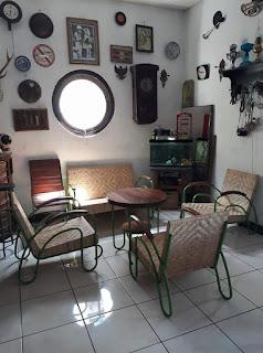 Dijual 1 set kursi antik pipa   3 jt monggo.....