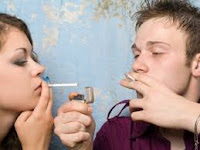 En las parejas estables se contagian los malos hábitos