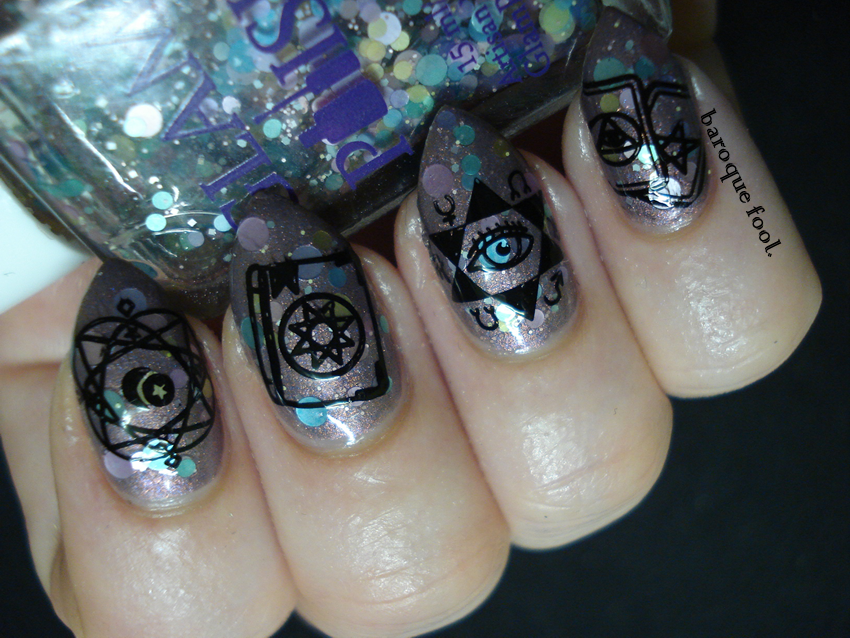 baroque fool: Witchcraft nails: White magic
