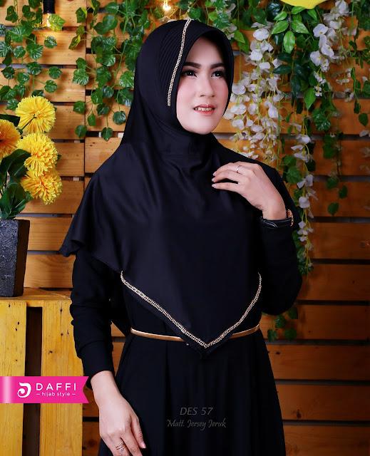 Jilbab Hitam Polos Bahan Jersey Jeruk Hiasan Manik-manik