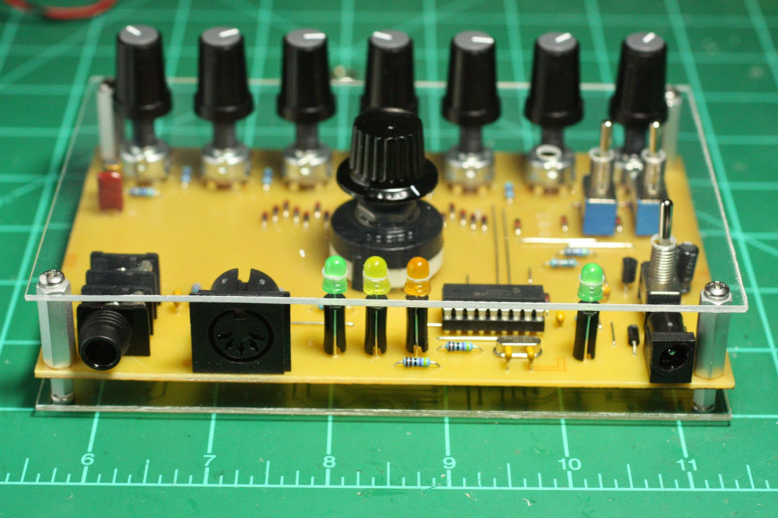 Proto Schlock Electronic Goldmine Lm358n Low Power Dual Operational Amplifier St Some Shots Of My Synthpic Build More Info Coming Soon