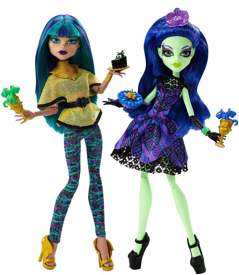 Monster High Reveals Scream  Sugar Cafe Playset with Cleo De Nile