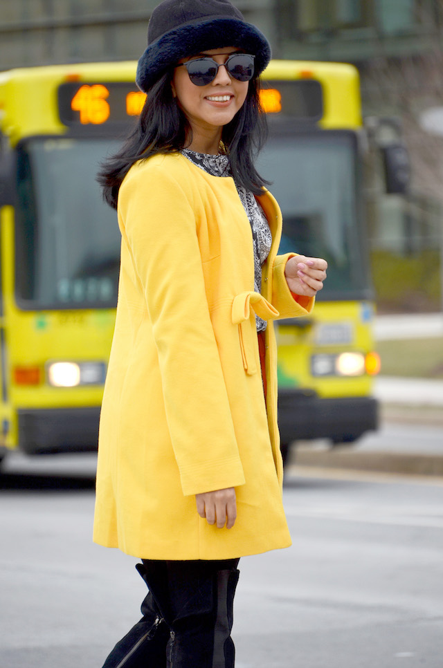 Yellow Coat and Over Knee Boots-MariEstilo-Winter Style-Color touch-pantone-fashionblogger-moda el salvador
