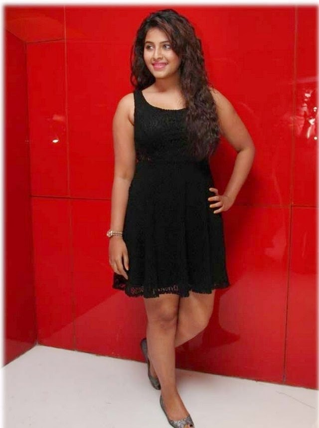Actress Anjali Latest Hot In Black Suit Gallery