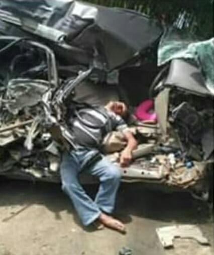 dua orang korban tewas dalam kecelakaan