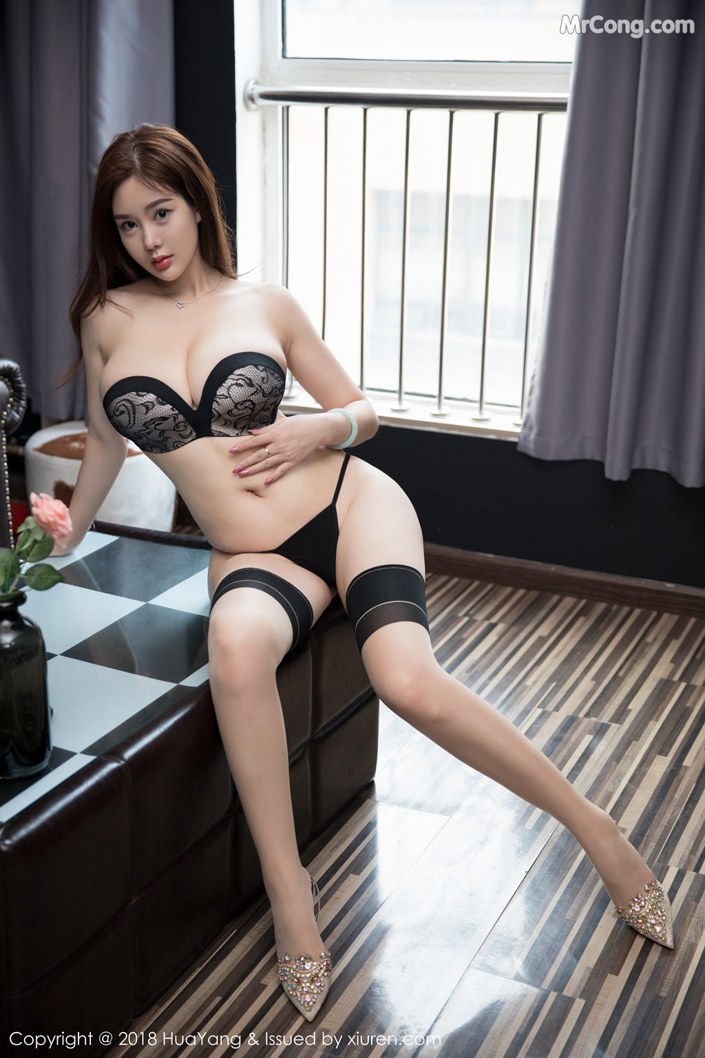 Image HuaYang-2018-08-09-Vol.068-Silvia-MrCong.com-037 in post HuaYang 2018-08-09 Vol.068: Người mẫu 易阳Silvia (41 ảnh)