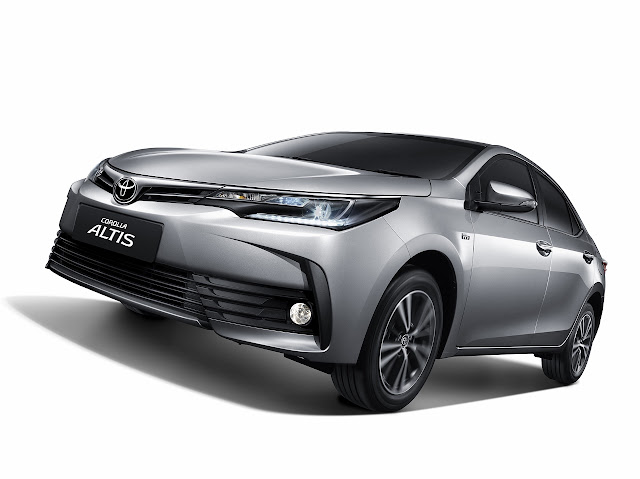 Review Excellence and Specifications Toyota Corolla Altis 2017