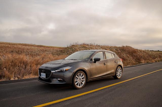 2017 Mazda 3 GT Sport Machine Grey front
