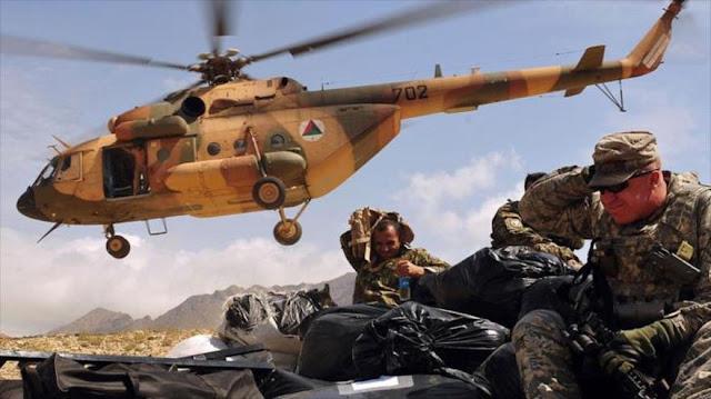 """""""Helicópteros sin marca llevan a terroristas de EIIL a Afganistán"""""""