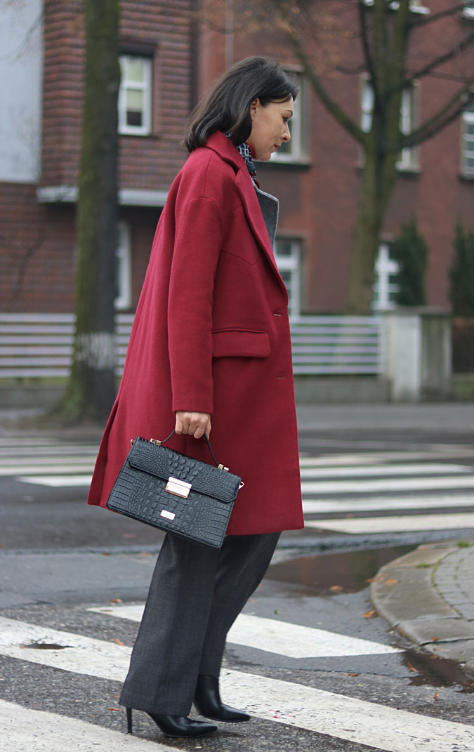 burgundy coat outfit 2018