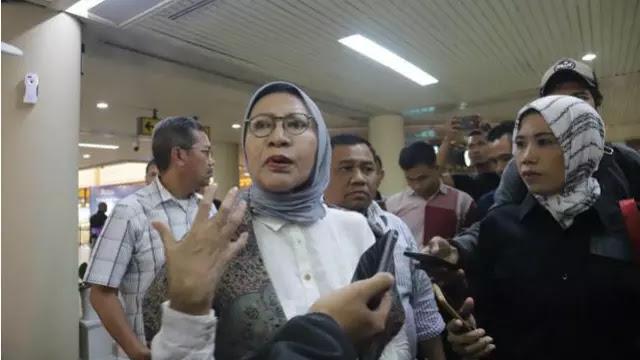 Kehadirannya Ditolak, Ratna Sarumpaet Hanya 3 Jam Berada di Batam