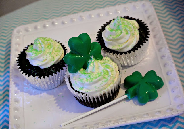 St. Patty's food, green food, cupcakes