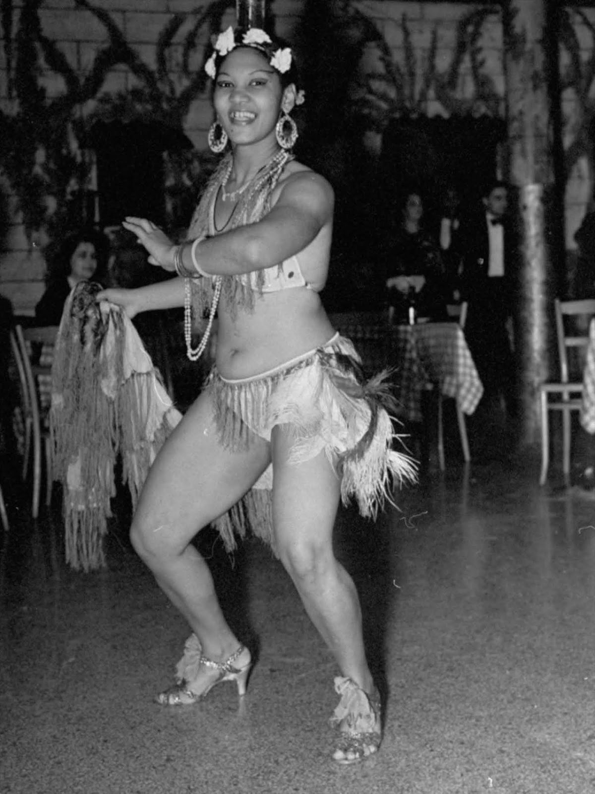 A dancer in Havana. 1937.