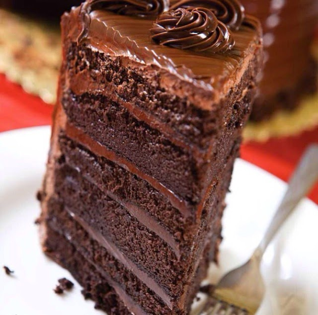 http://www.russiandollbakeryandcatering.com/bakery/