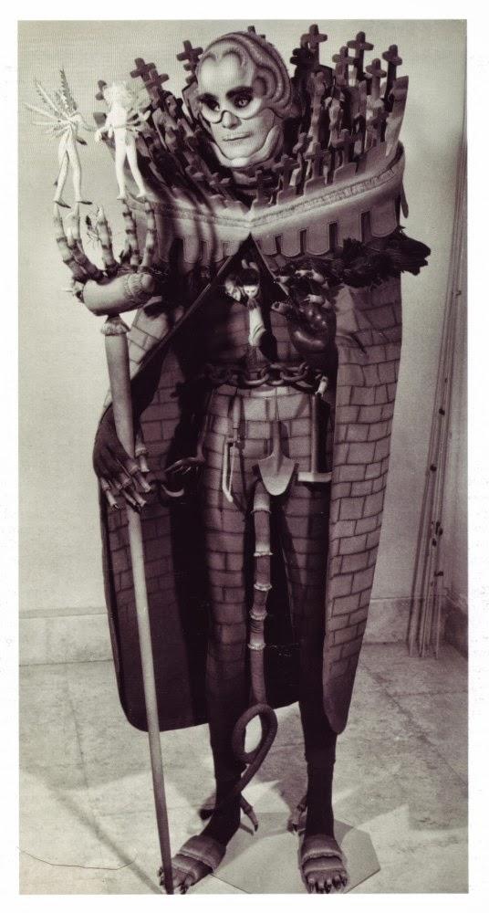 18 Creepy Vintage Halloween Costumes Vintage Everyday