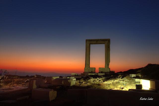 Φωτογραφια στο ηλιοβασιλεμα Κώστας Λαδάς
