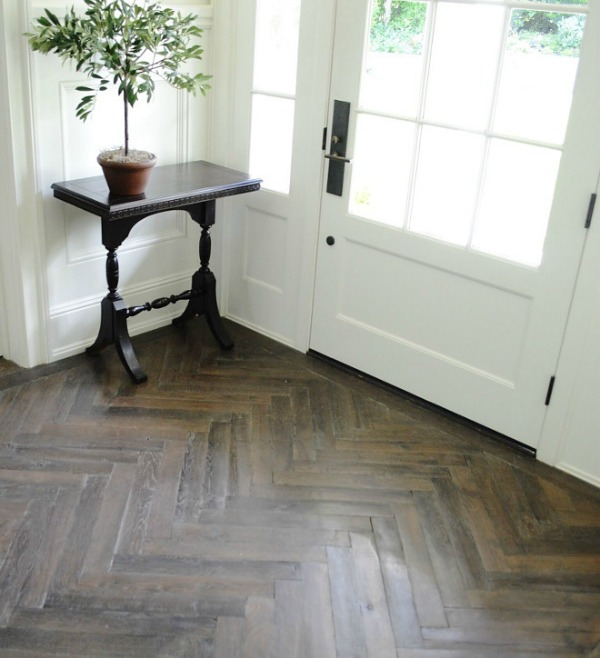 pros and cons of hardwood, herringbone floor