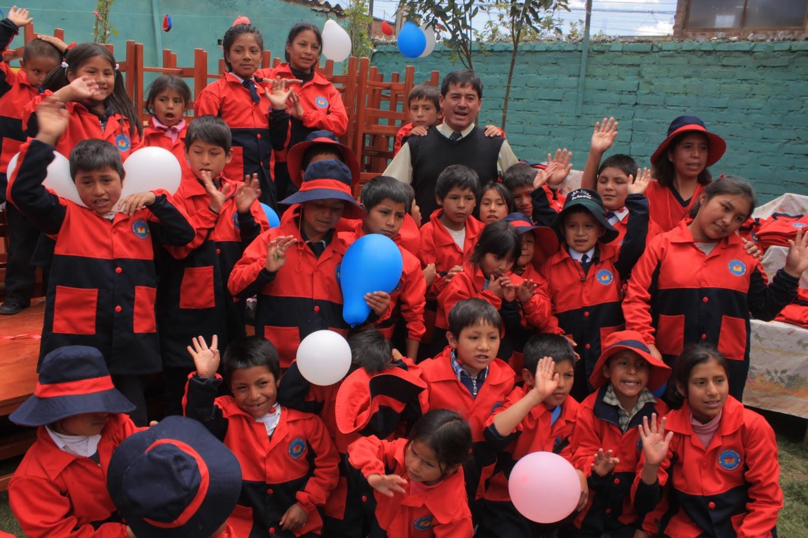 Niños de la Casa Hogar trabajadores de la calle de El Tambo ...