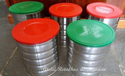 Aproveitando as latas de leite em pó usando tecido e aviamentos