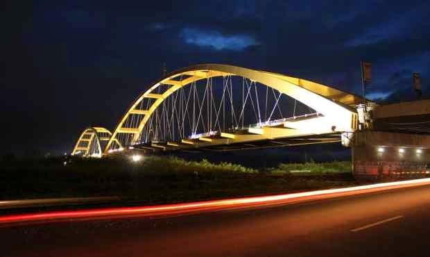 Jembatan empat palu - tempat wisata di palu