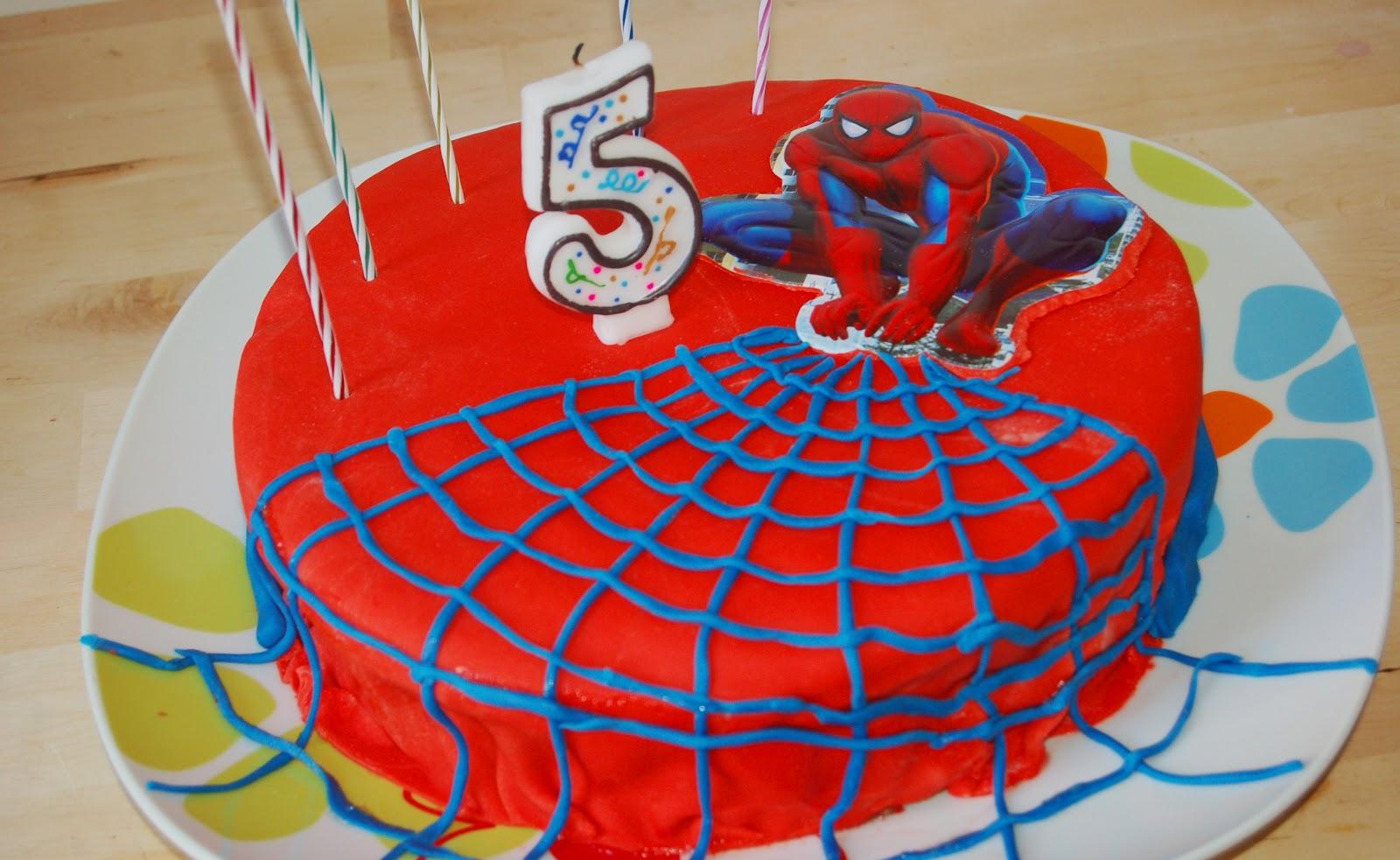 Conosciuto wasabi: Torta Spiderman (io da piccola lo chiamavo uomo ragnoma  XZ47