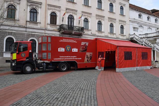 """Caravana SMURD """"Fii pregătit"""" ajunge weekendul acesta la Timisoara.Cursuri de instruire pentru acordarea de prim ajutor în situaţii de urgenţă"""