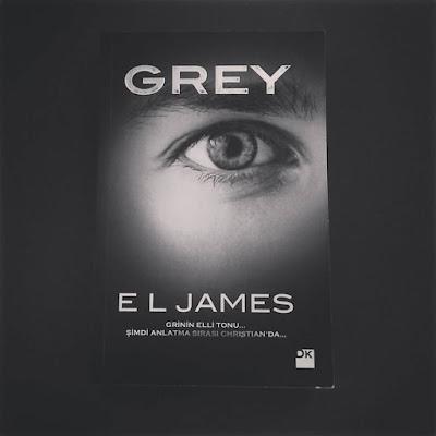 E.L. JAMES – GREY