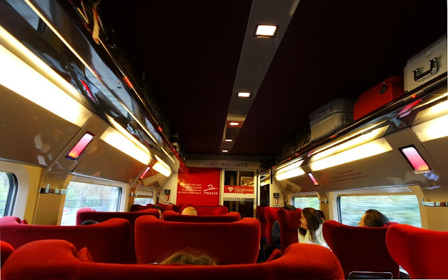 Trem em Amsterdã e na Europa