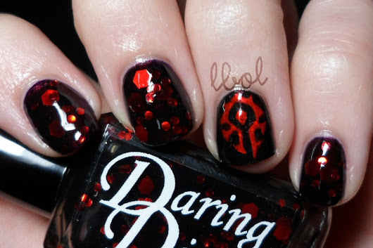 Daring Digits - Horde Swatch & Review (and some Warcraft nail art)