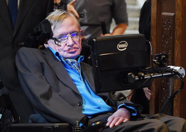 Απεβίωσε ο αστροφυσικός Στίβεν Χόκινγκ σε ηλικία 76 ετών