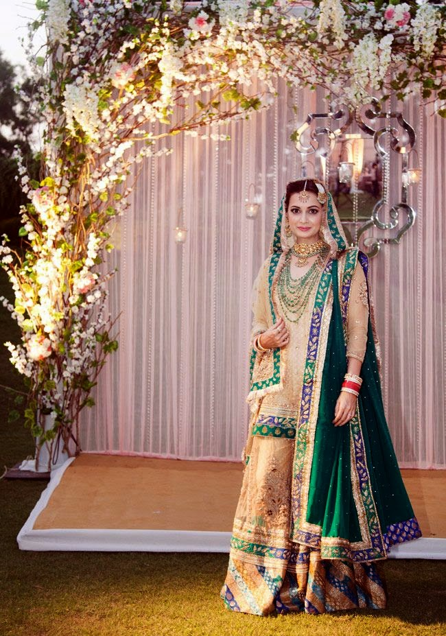 Dia Mirza at her Oct 18 Wedding, in traditional Wedding Joda.
