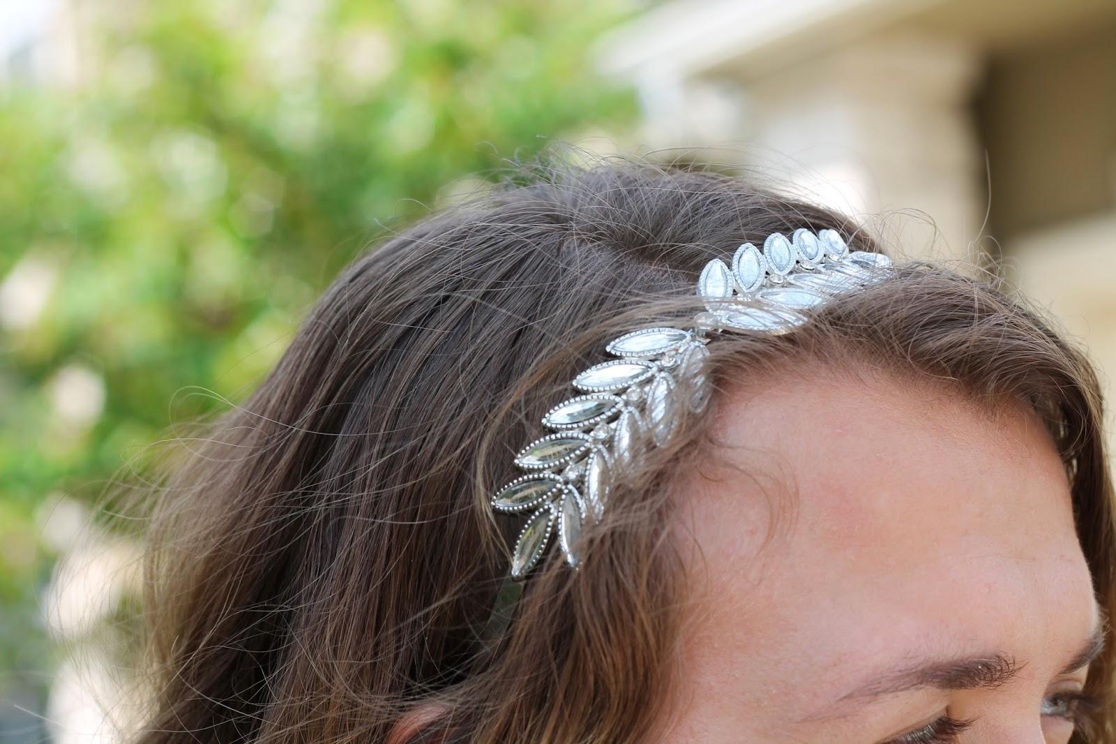 precious-headband-details