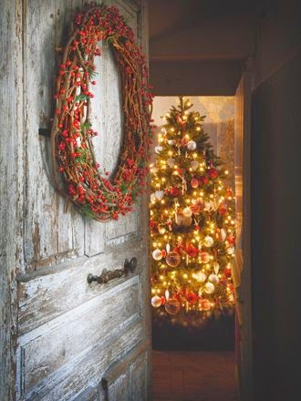 Decorating the home for Christmas/lulu klein