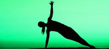 3 Pose Senam Pilates Untuk Meratakan Perut dan Mengencangkannya