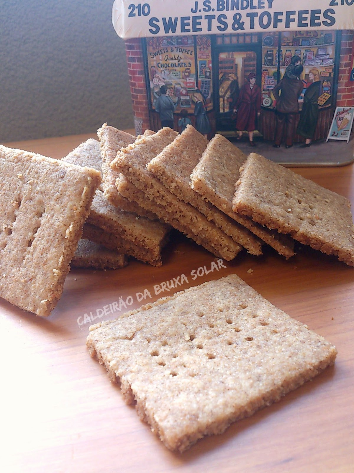 Biscoitos Graham Crackers caseiros