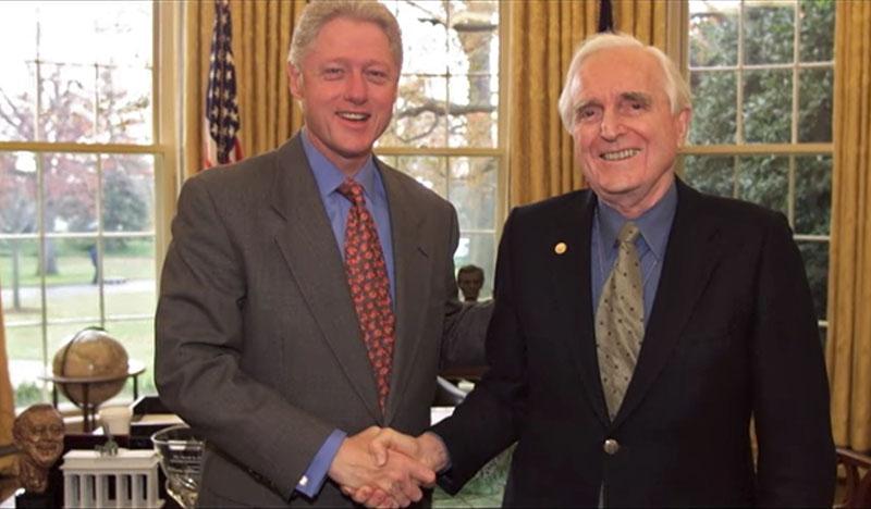 Дуглас Энгельбарт и Билл Клинтон | Стартап Ньюс