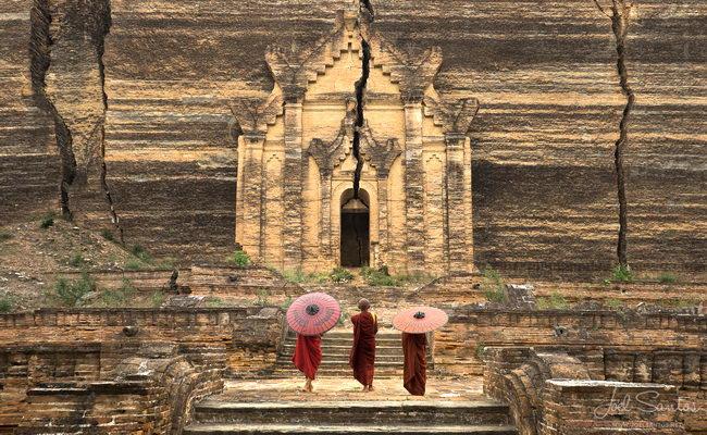 Xvlor.com Mingun Pahtodawgyi was unfinished pagoda by King Bodawpaya