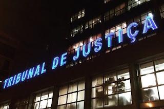 http://vnoticia.com.br/noticia/2235-tj-rj-fala-em-estudos-para-juncao-de-algumas-comarcas
