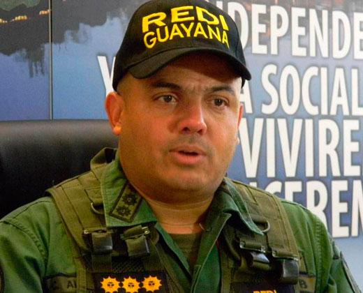 Maduro ordena arrestar al General Cliver Alcalá y ex gobernador Porras