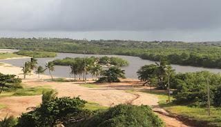 Cerca de 40 mil litros de soda cáustica vazam no Rio Gramame, em João Pessoa