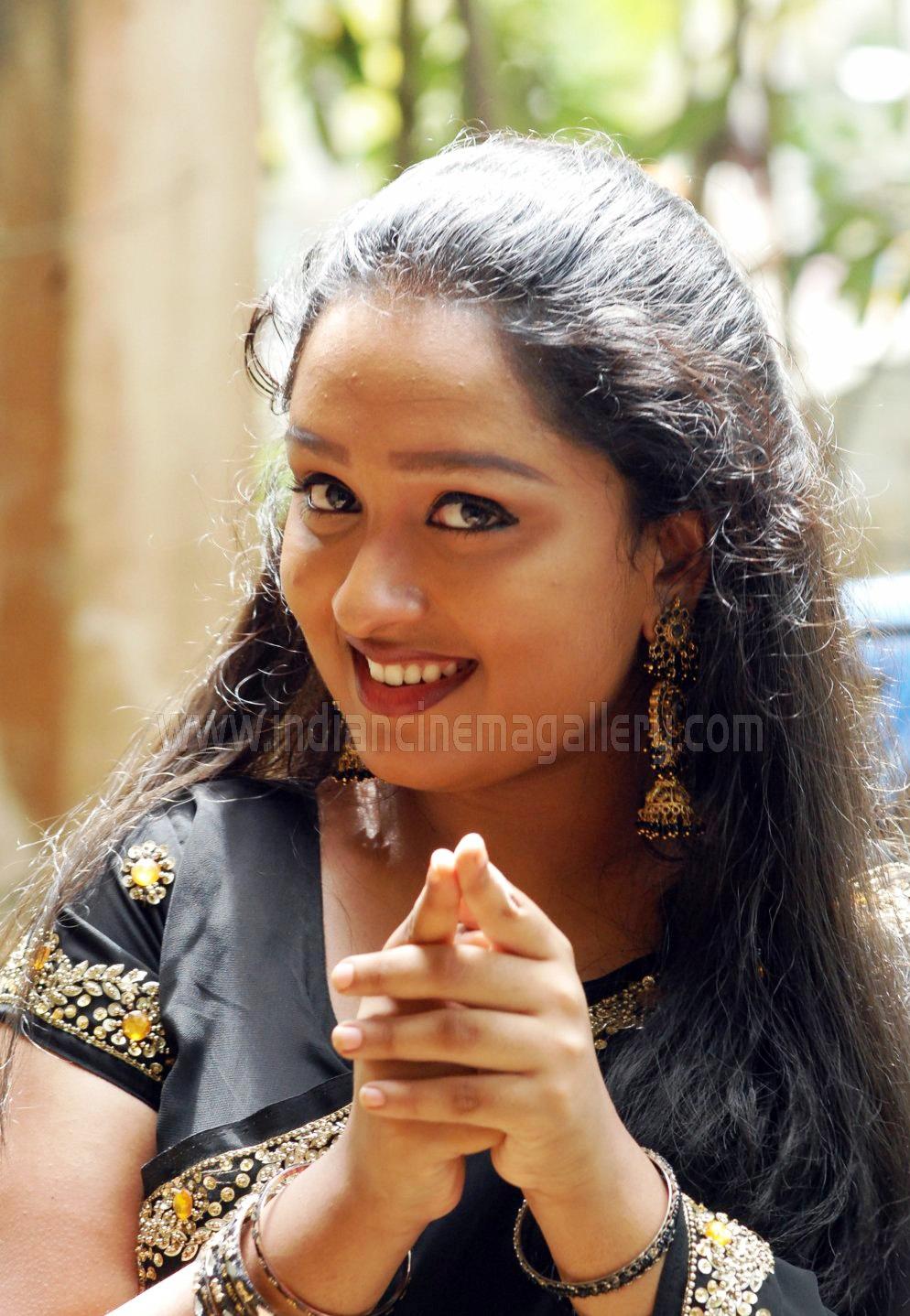 Pics Web: Rasna Asianet Malayalam Serial Actress